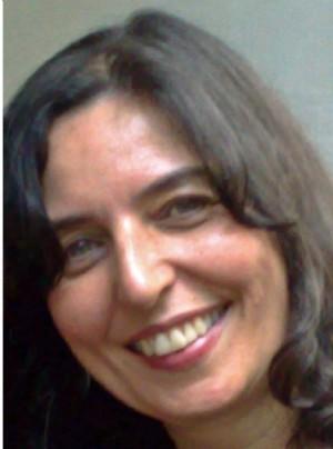 Cathia Santos Soares Bueloni